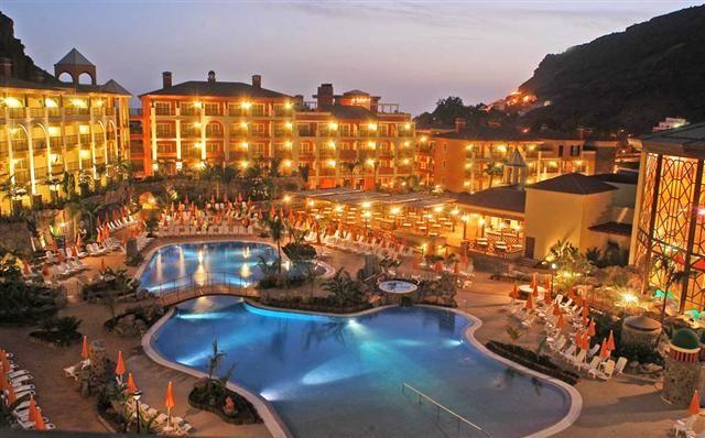 Hoteles en Puerto de Mogan